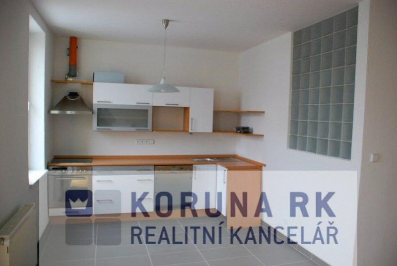 Pronájem bytu 3+kk s balkonem, České Budějovice 5