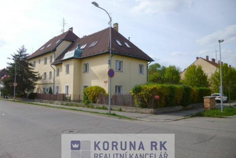 Pronájem bytu 4+1 v ulici L. B. Schneidera, České Budějovice